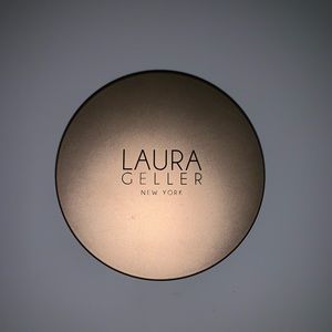 Laura Geller body : face highlight